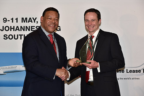 David Minty receives African Aviation Award